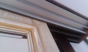 Двери из массива с раскладкой по периметру Казань