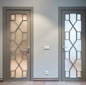 Двери с филенкой Казань